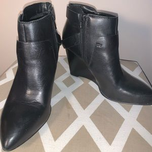 Black Leather Booties Nine West size 7